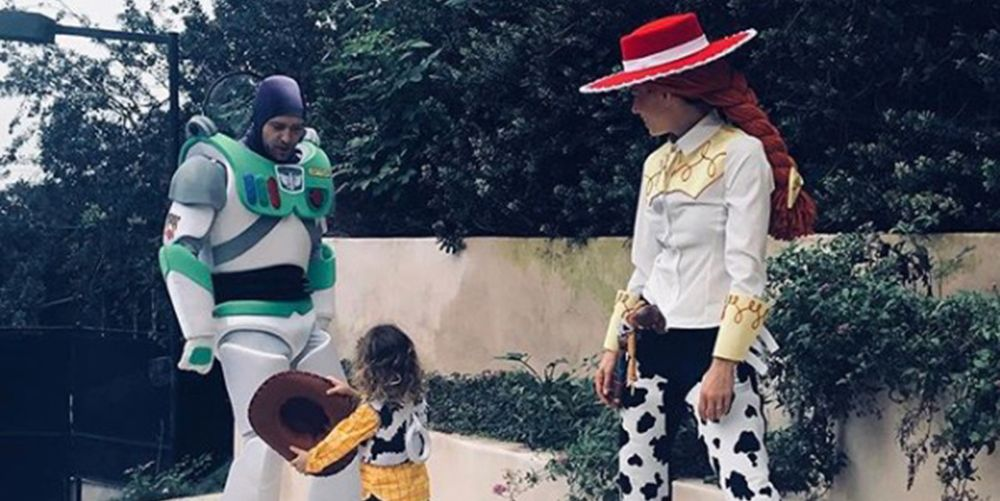 justin timberlake and jessica biels family halloween costume is adorable