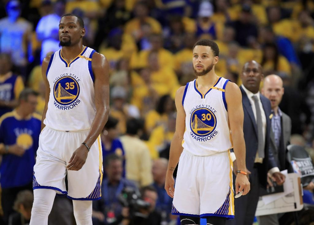 990b90f8093 NBAFinals  Warriors Top Spurs to Advance to Finals