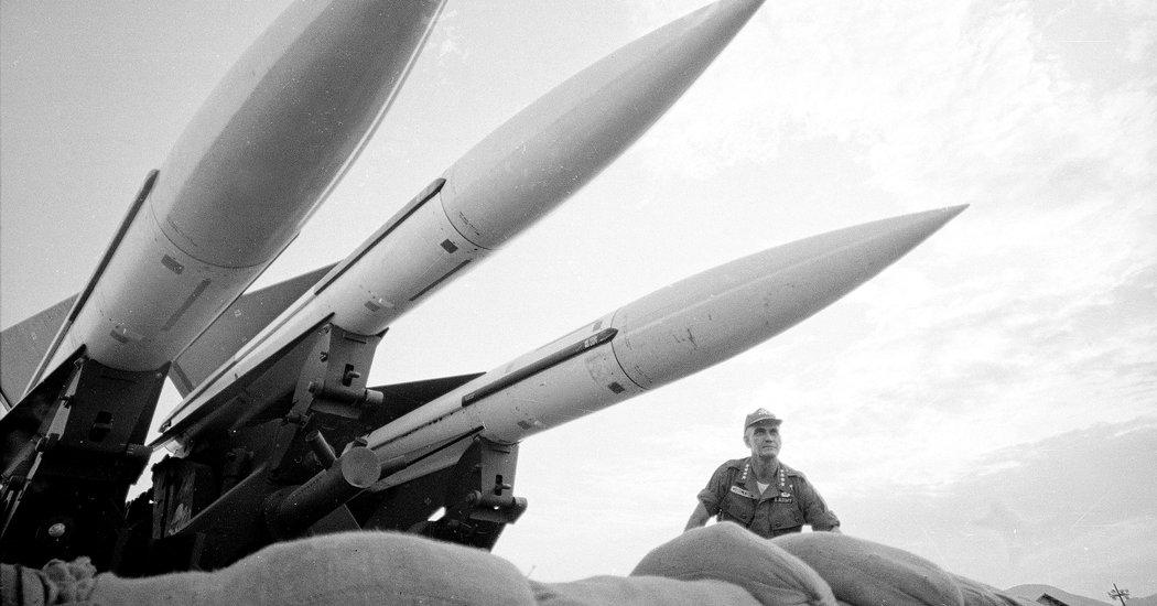 US, Vietnam War, Nuclear Response   Baaz